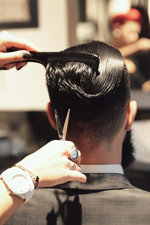 L 39 atelier vintage lyon coiffeur barbier pour homme coupe ciseau et rasoir coupe choux - Salon d esthetique pour homme ...